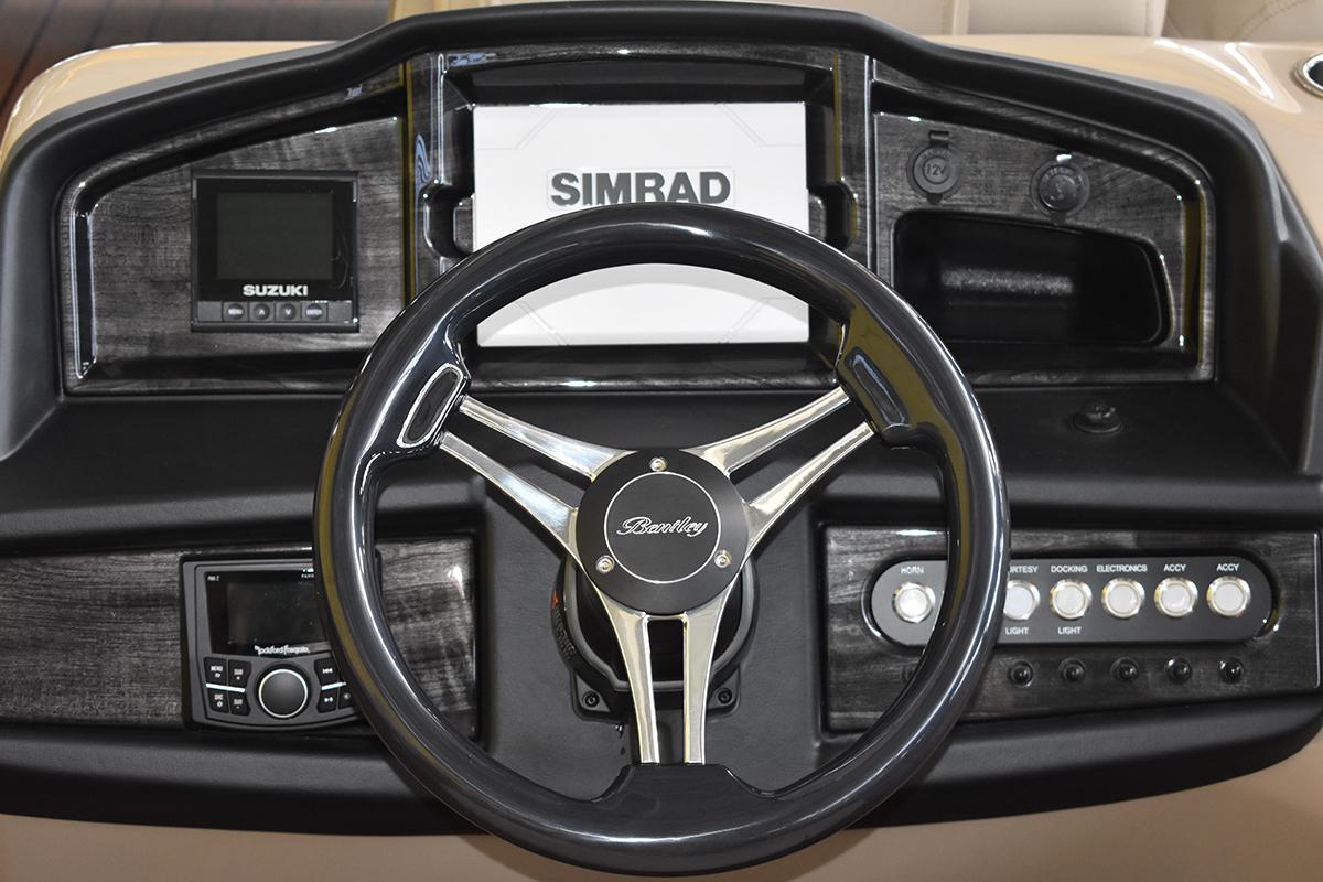 Elite Console w/Simrad & OEM Gauge
