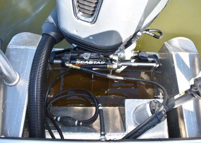 Seastar Hydraulic Steering